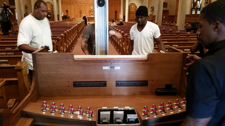 Papal Organ Delivery three_1443723212627.jpg