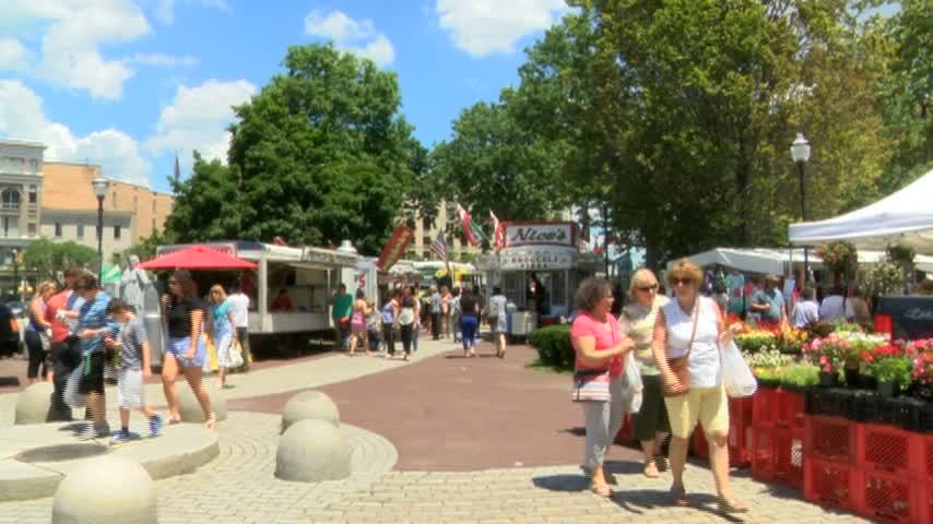 Wilkes-Barre Farmers Market Gets Underway-_20160630225210