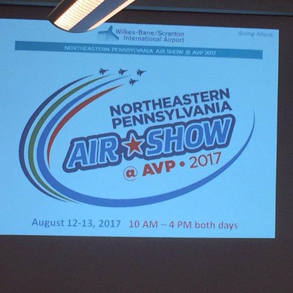Air Show 2_1490302106321.jpg