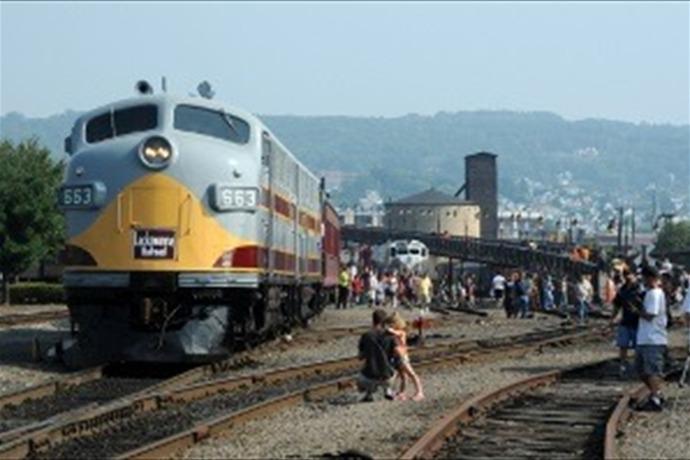 Steamtown Train _8185952972545869919
