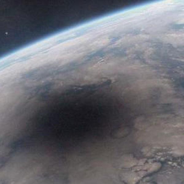 eclipse99_mir_big_1502825095553-159532.jpg32027674