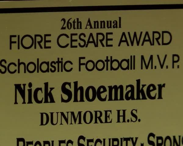 Dunmore-s Shoemaker Wins Cesare Award_10930726