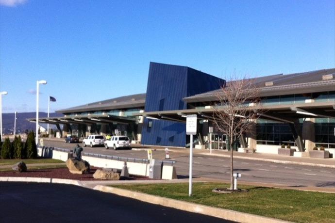 Wilkes-Barre Scranton Airport  Nov 18, 2014_-5255136229465241988