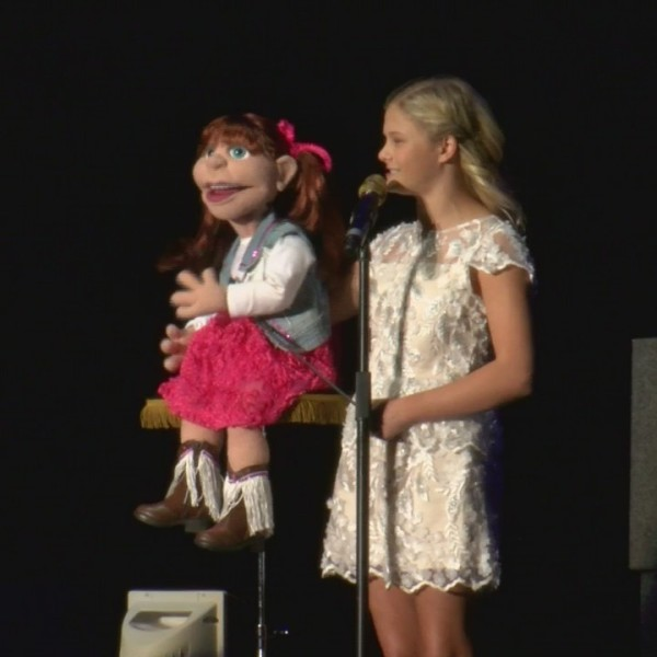 Darci_Lynne_performs_at_the_Bloomsburg_F_0_20180925032113