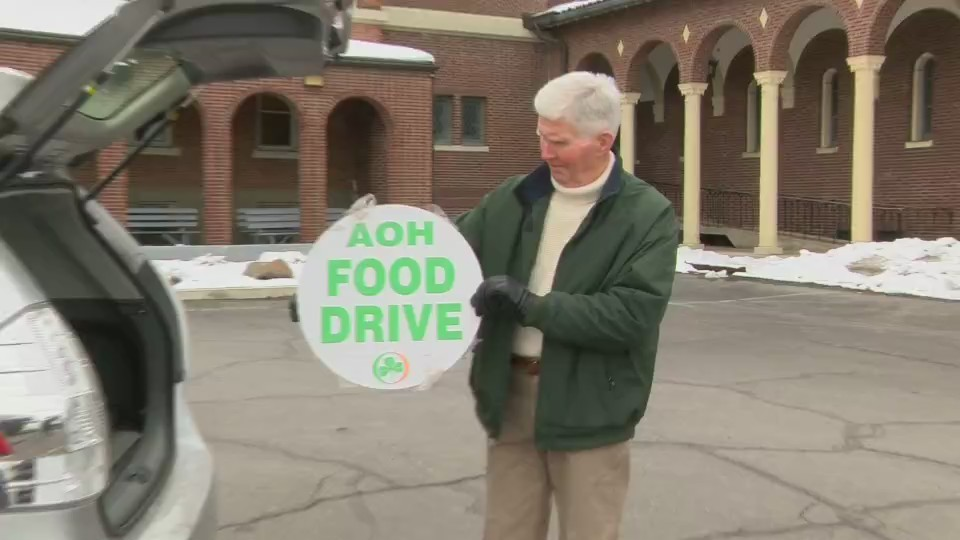 Food_Drive_during_the_Saint_Patrick_s_Pa_0_20180309001259