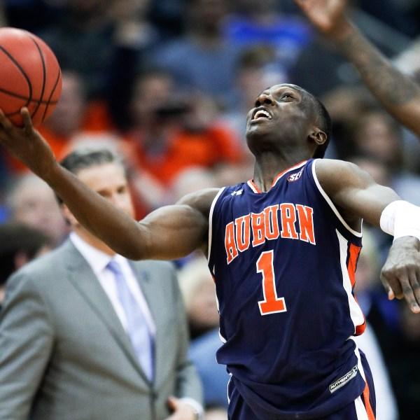 APTOPIX_NCAA_Auburn_Kentucky_Basketball_30109-159532.jpg74493041