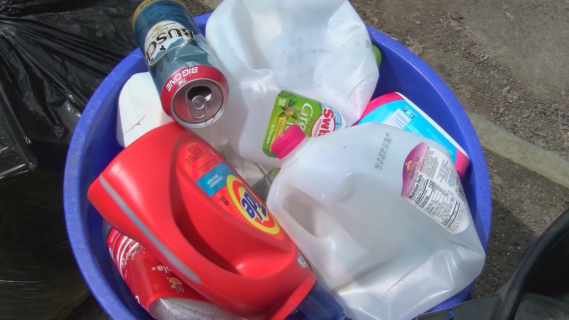 Lackawanna_County_recycling_assortment_a_0_20190422220858