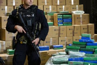 Huge Cocaine Seizure_1561135387507