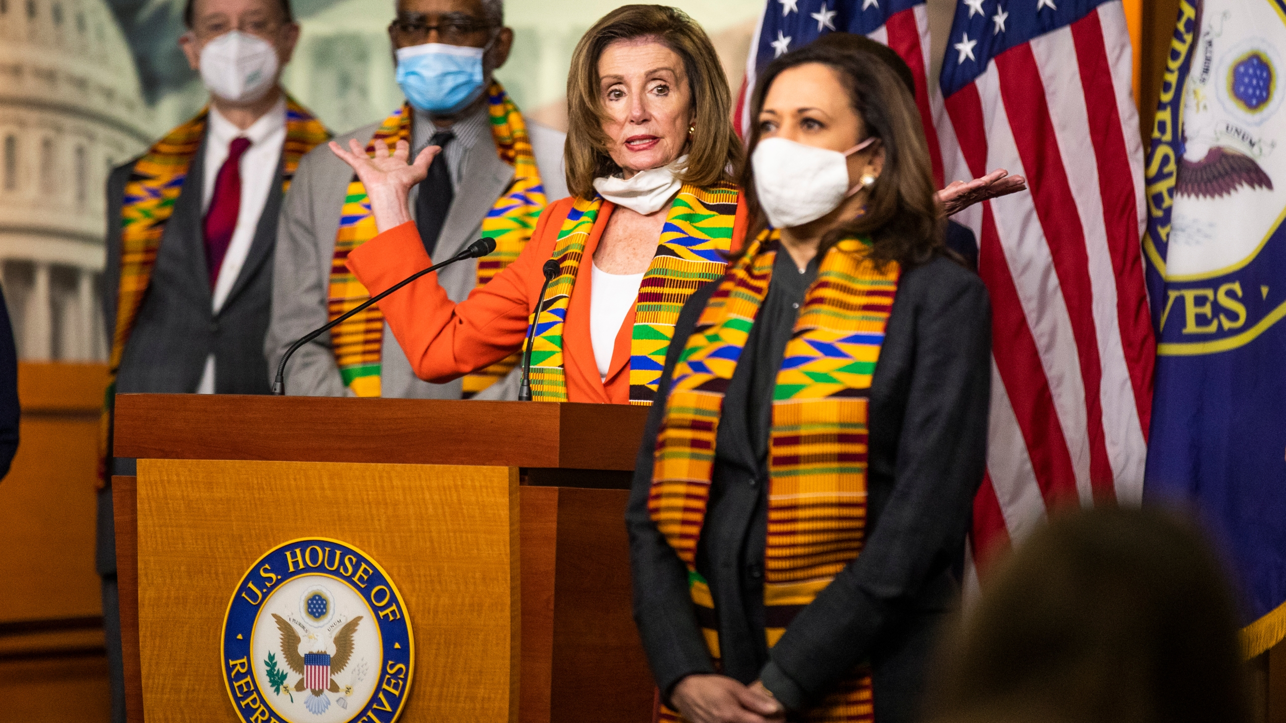 Nancy Pelosi, Kamala Harris